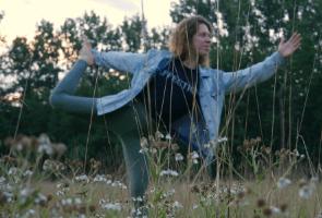 Yoga door Lien